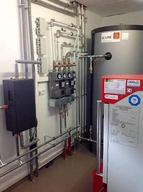 Gilles Kesselanlage 35kW inkl. Pufferspeicher 1000 Liter inkl. Anschluss der Wärmeverteilung und Fernwärmeleitung